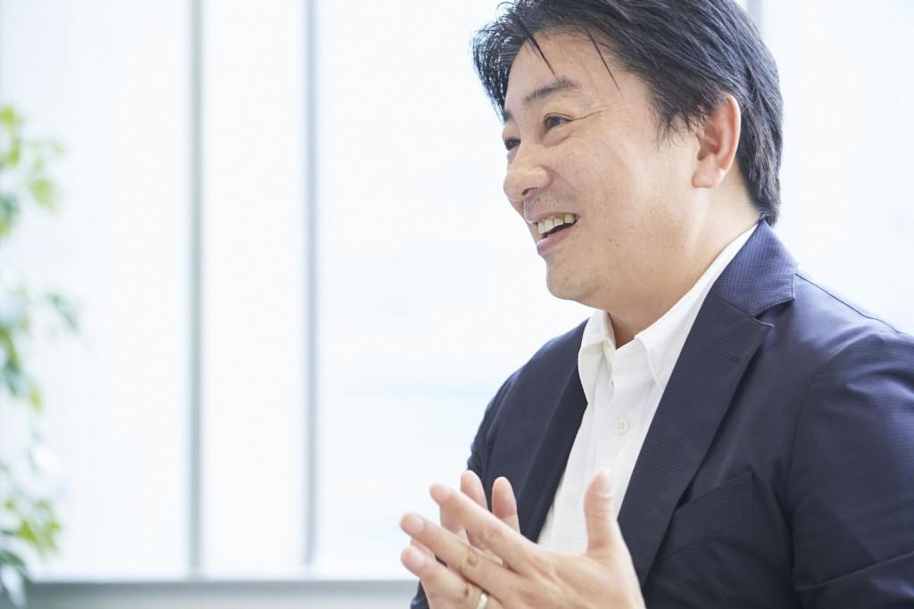デジタルシフトのスペシャリストとして数多くの企業を支援する鈴木氏